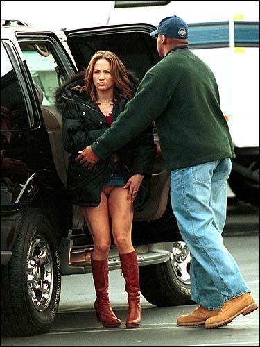 Jennifer Lopez shaved pussy