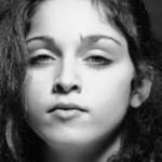 Madonna desnuda de adolescente