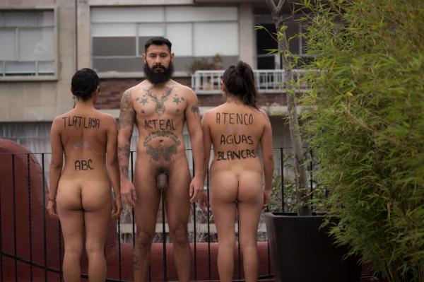 desnudos-metro13