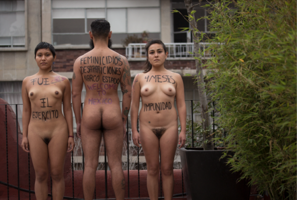 desnudos-metro6